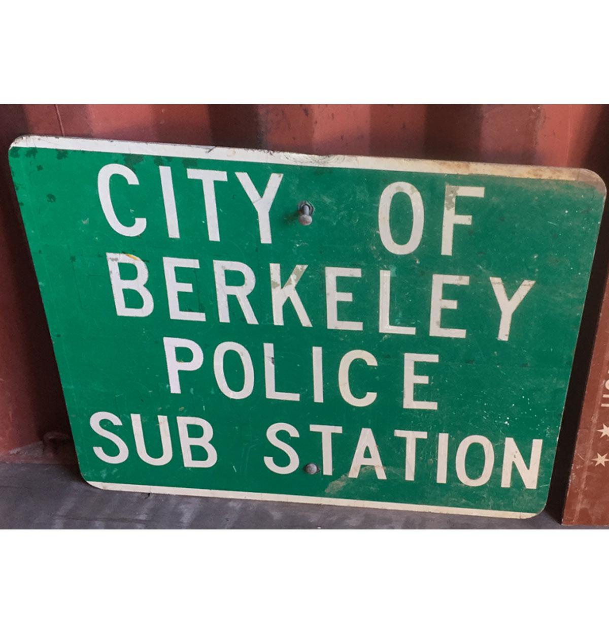 Origineel City Of Berkeley Police Sub Station Metalen Straatbord