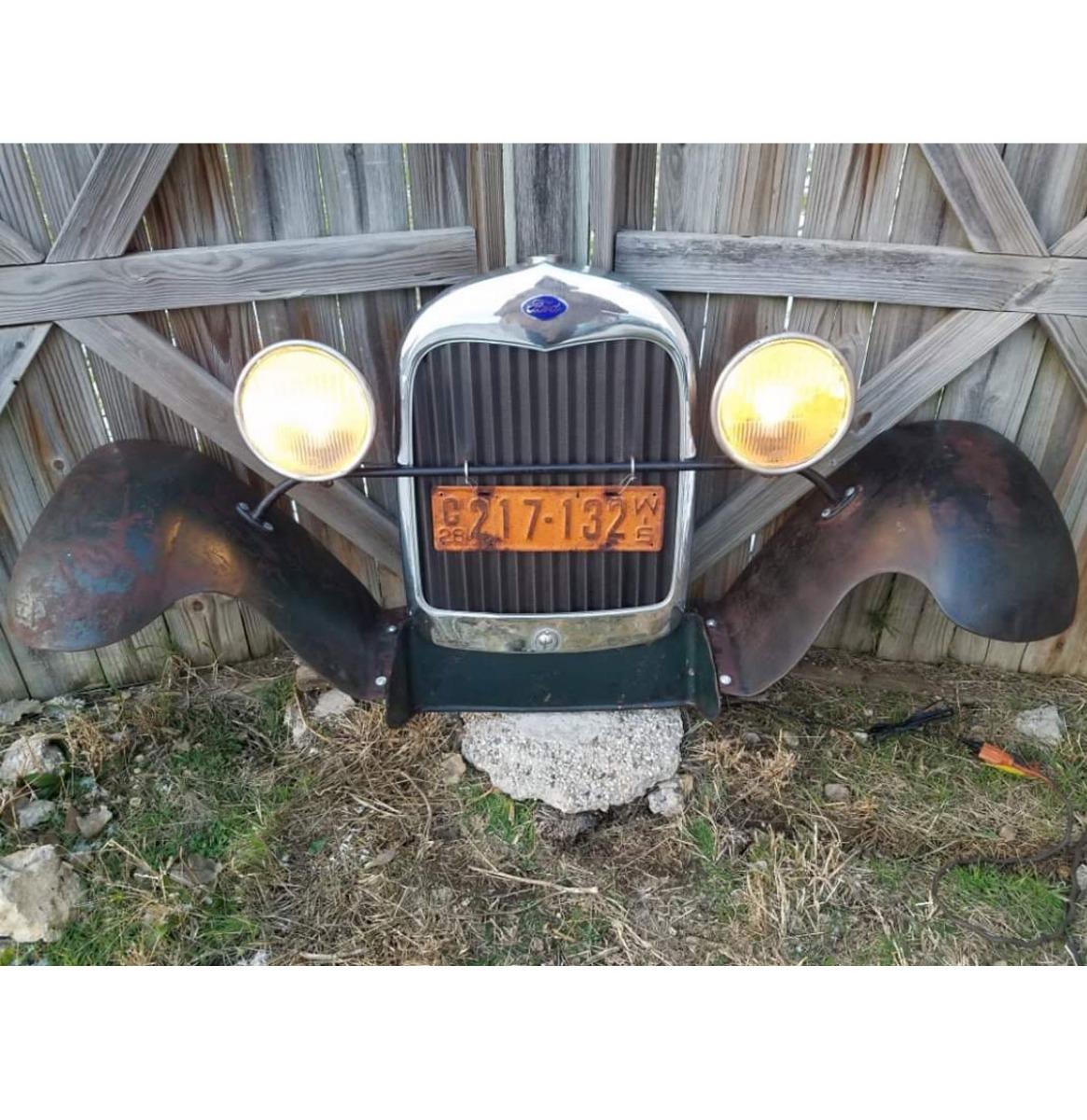 Ford Model A Grill En Zijbumpers - Origineel (2)