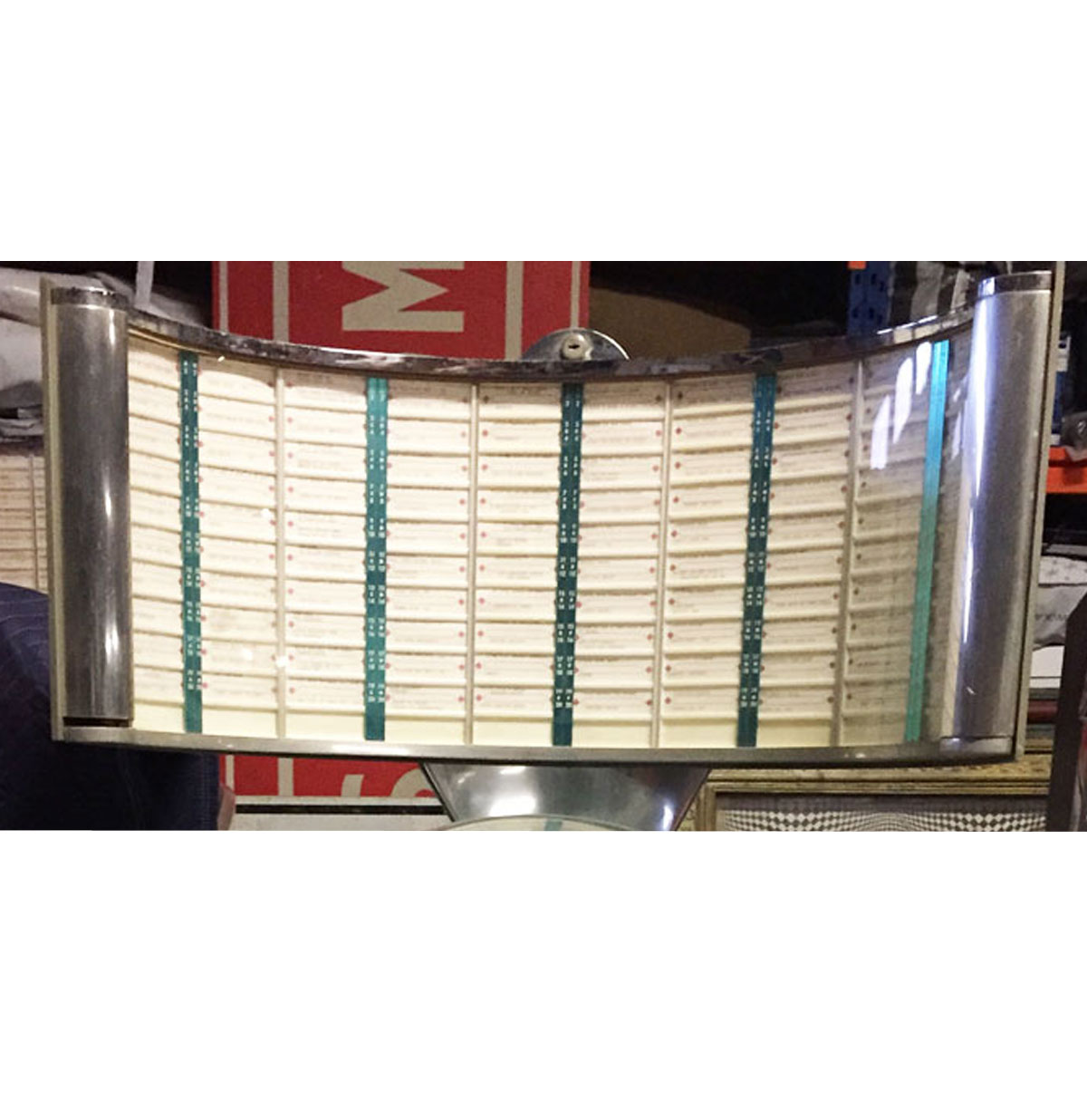 "Ami Continental Jukebox Title Glas in ""radar screen"""