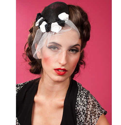 Blanche Lou Fascinator, Black and White