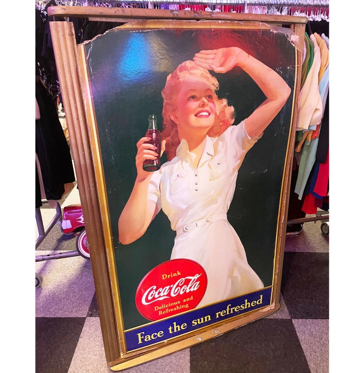Origineel Kartonnen Coca-Cola Bord Met Origineel Houten Lijst 130 x 86 CM