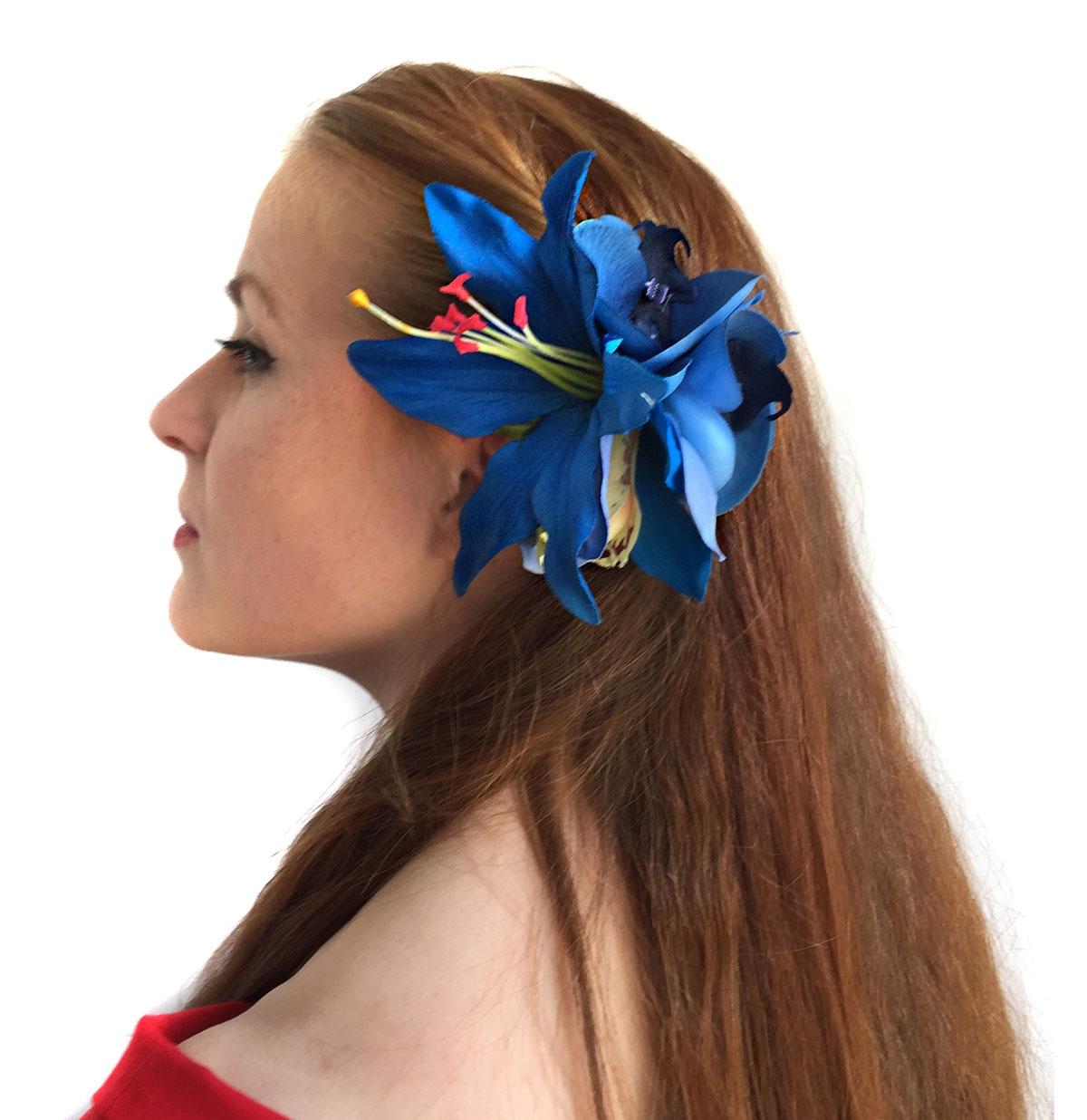 HM Corsage Julie Lily Orchid Blue