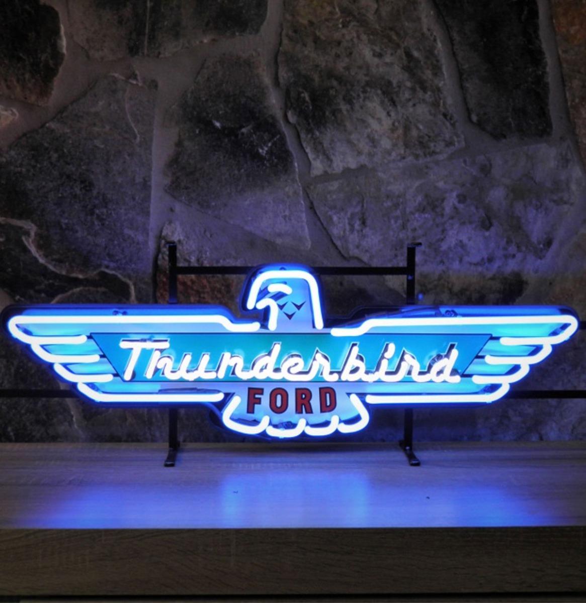 Ford Thunderbird Logo Neon Verlichting Met Achterplaat 88 x 28 cm