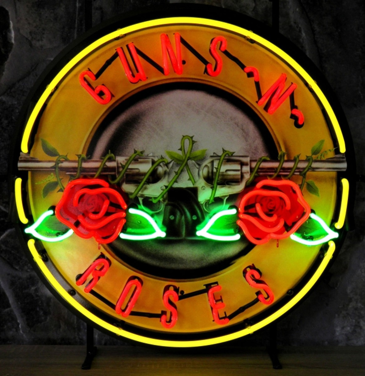 Guns 'N' Roses Neon Met Achterplaat 65 x 65 cm