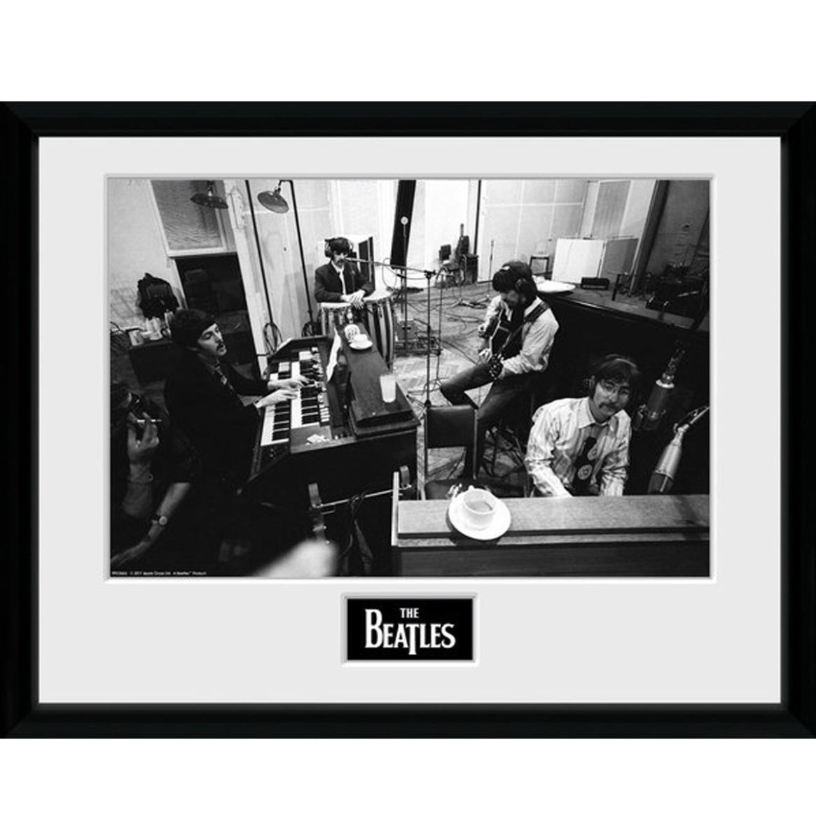 The Beatles: Studio Sgt. Peppers 30 x 40 cm Ingelijste Print