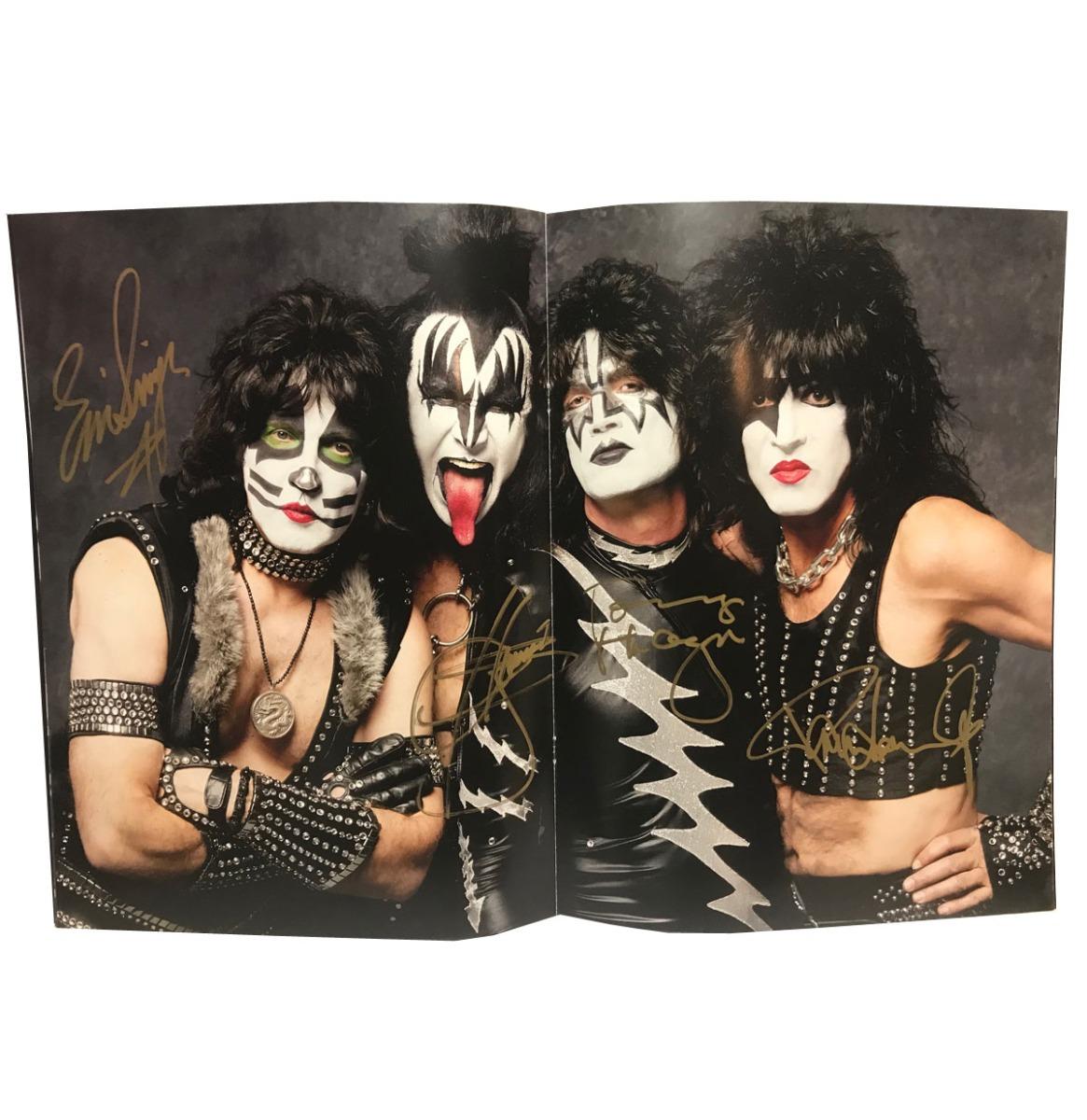 Kiss - Kissworld 2017 Tour Book Gesigneerd Door Alle 4