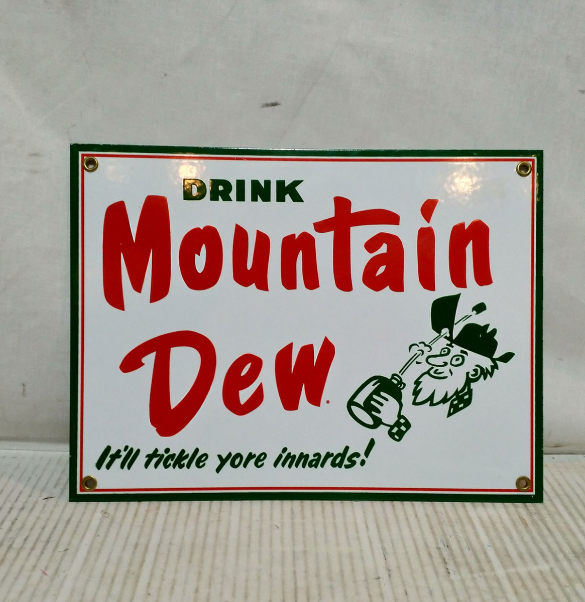 Drink Mountain Dew Emaille Bord