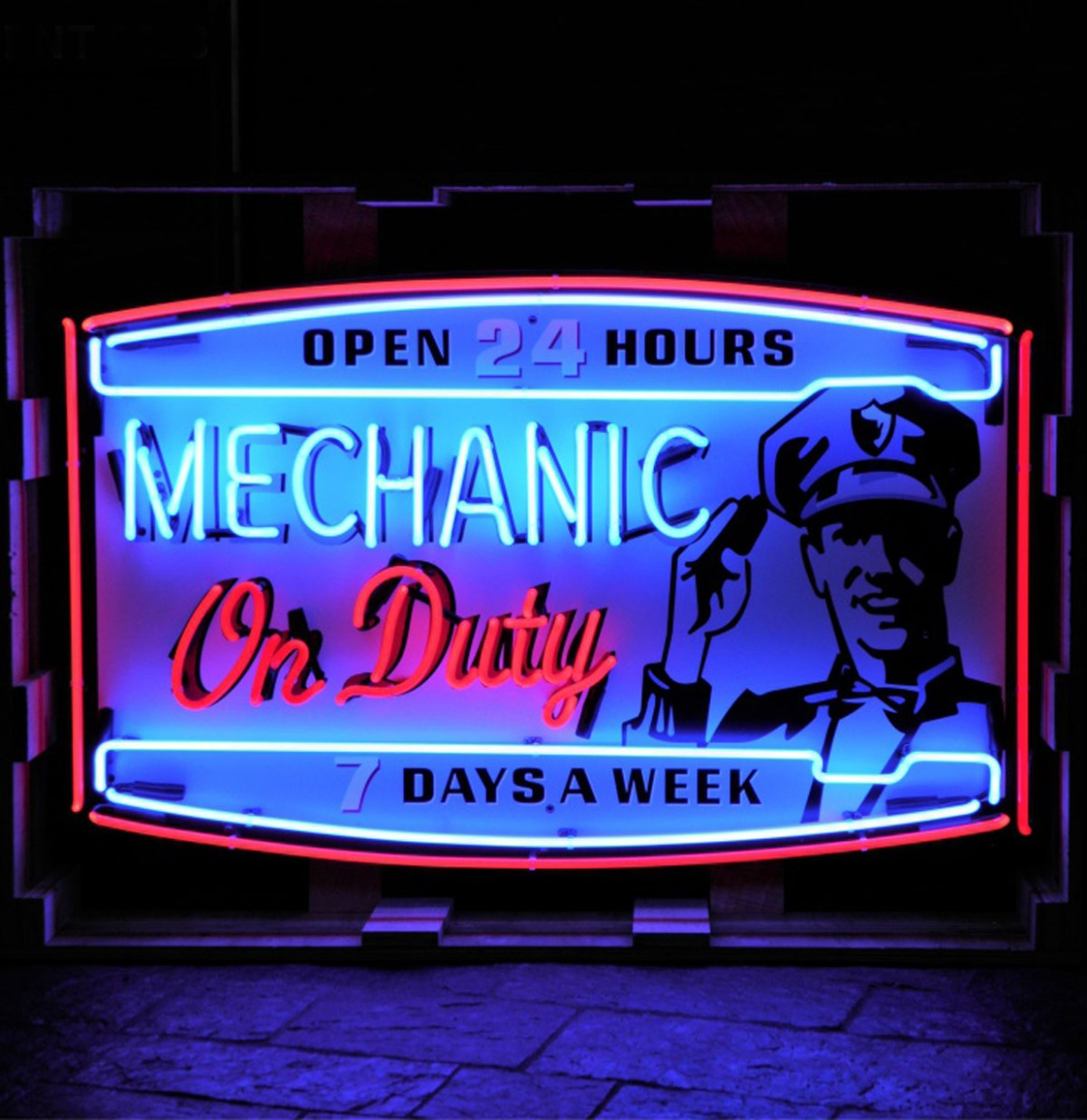 Mechanic On Duty Neon Verlichting XL - 100 x 63 cm