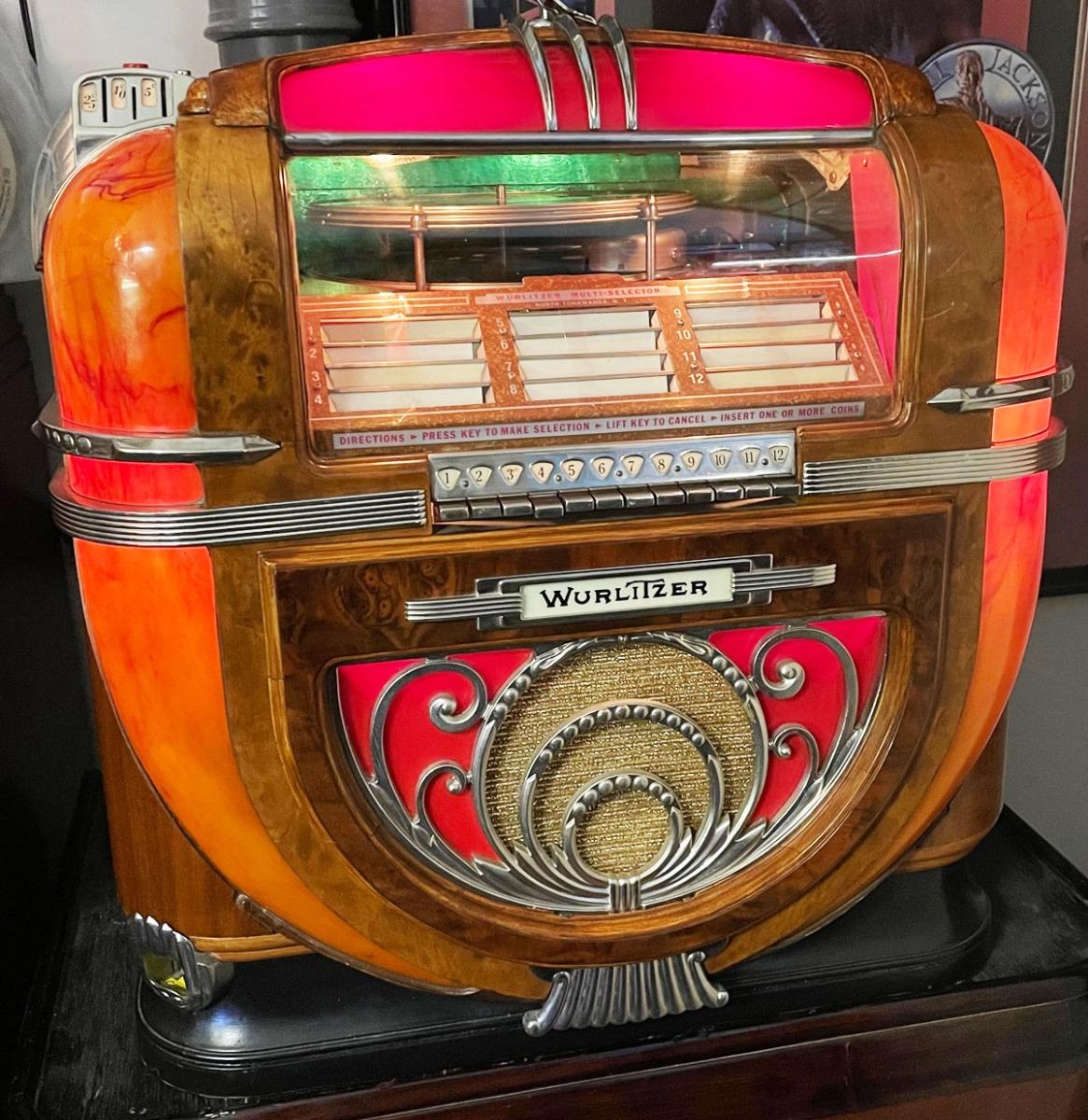 Wurlitzer 81 Countertop Jukebox 1942 - Gerestaureerd